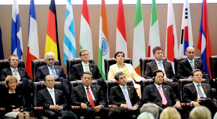 Pengertian dan Tujuan Politik Luar Negeri