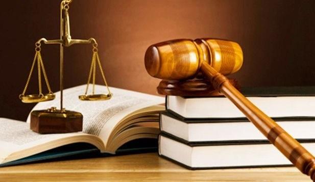 Pengertian Hukum Dagang Adalah : Ruang Lingkup dan Contoh