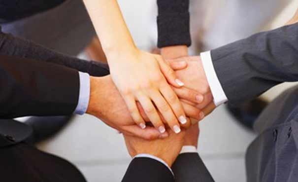 Pengertian Komitmen Adalah : Ciri dan Contoh