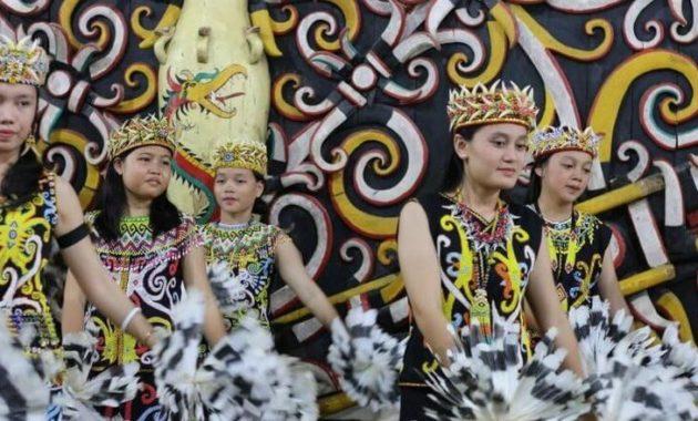 Sejarah Dan Asal-Usul Suku Dayak Di Kalimantan
